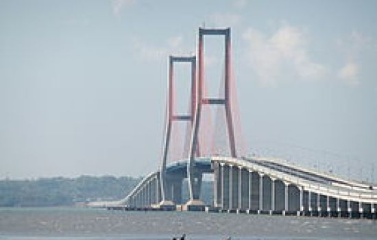 Suramadu_Bridge_1